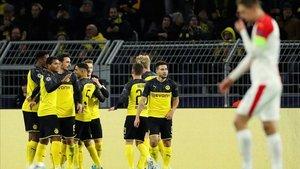 El Borussia Dortmund se adelantó ante el Slavia Praga