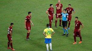 Brasil se estrelló contra Venezuela y el VAR