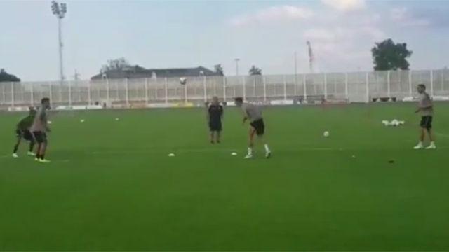 Cristiano Ronaldo y Dybala se ponen a jugar a volleyfútbol