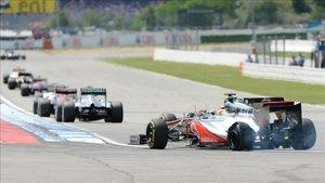 Hamilton llegó a meta con el neumático princhado