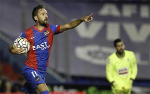 José Luis Morales, jugador del Levante, ha sido crítico con el estilo de juego de Neymar