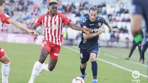 El Nàstic sumó su última derrota ante el Almería (3-0)