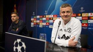Ole Gunnar Solskjaer, en la sala de prensa del Camp Nou