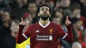 Salah celebrando una de sus anotaciones