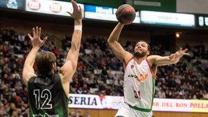En el único precedente de esta temporada, el Baskonia ganó n extremis en Badalona