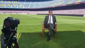 Ernesto Valverde, entrevistado en el Camp Nou