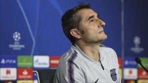Ernesto Valverde se mostró algó incómodo al hablar sobre el regreso de Samuel Umtiti