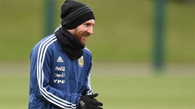 El golazo de Messi en el entrenamiento de Argentina
