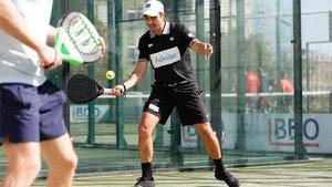 Imagen de Belasteguin en una exhibición de dobles