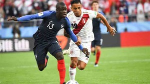Bara and real madrid join the race to sign ngolo kant barcelona real madrid and psg are all trying to sign kante according to le parisien stopboris Image collections
