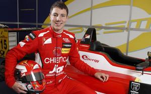 Marciello, tercer piloto de Sauber para 2015
