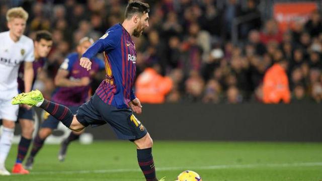 Messi acortó distancias desde el punto de penalti