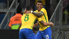 Paulinho, en una imagen con la selección brasileña