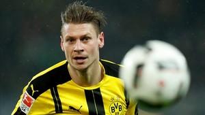 Piszczek quiere terminar su carrera en el Dortmund
