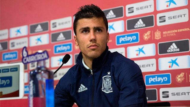 Rodrigo, entre la competitividad de la Premier y las enseñanzas de Guardiola