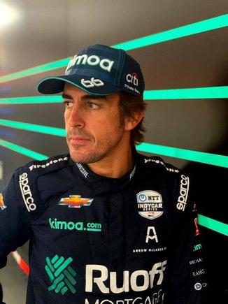 """Renault y las """"distracciones"""" de Alonso"""