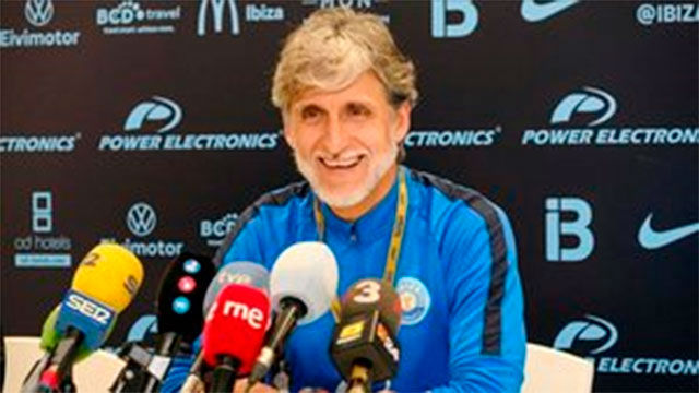 Alfaro: En el partido ante el Barça pueden pasar muchas cosas