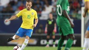 Arthur con la selección brasileña