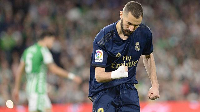 Benzema puso el empate para el Madrid desde el punto de penalti