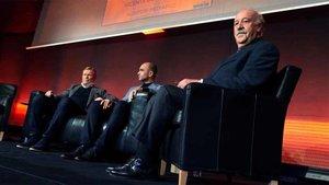 Koeman, Robert Martínez y Del Bosque, en el homenaje a Cruyff