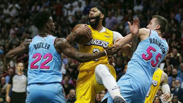 Los Lakers vencen a Miami en el partidazo de la jornada