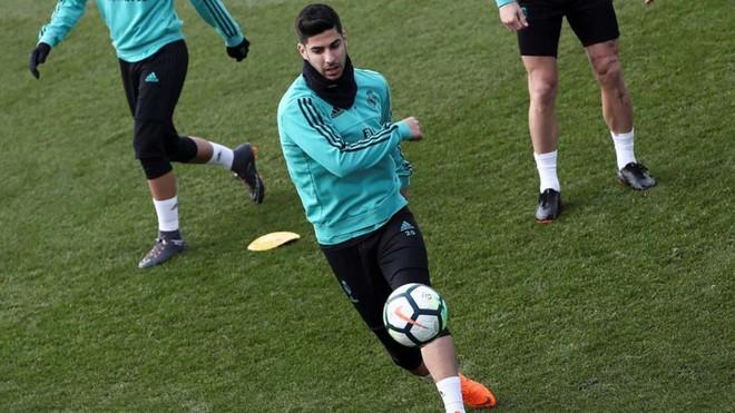 Asensio ya trabaja con el grupo con la mente puesta en el Espanyol