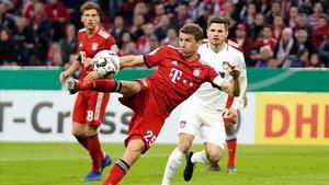 Müller se rinde ante Leo Messi y Cristiano Ronaldo