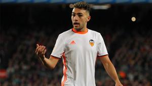 Munir El Haddadi, delantero del Barça cedido al Valencia en la temporada 2016/17, volverá al Camp Nou a partir del 30 de junio