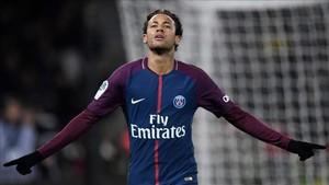 Neymar fue protagonista en el último partido del PSG