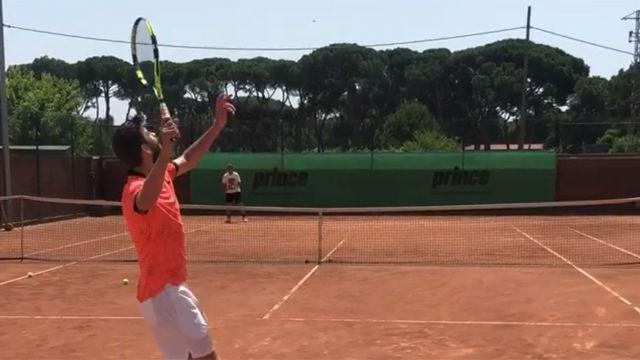 Piqué se divirtió jugando al tenis