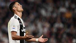 Ronaldo podría refugiarse en Portugal con una orden internacional de arresto