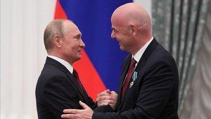 Vladimir Putin le ha concedido la Orden de la Amistad a Gianni Infantino