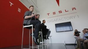 Elon Musk en la Gigafactory de Nevada.