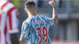 Anthony debutó con gol en el Ajax
