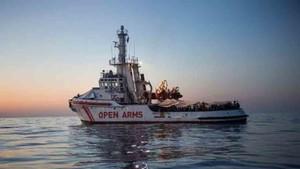 El barco de Proactiva Open Arms tuvo que ser reparado
