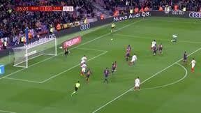 Cillessen salvó la eliminatoria parando un penalti a Banega