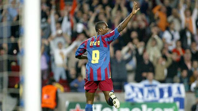 Etoo marcó uno de sus mejores goles como azulgrana ante el Panathinaikos