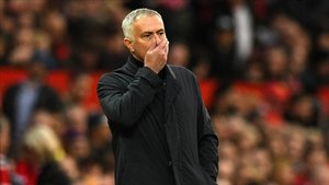 José Mourinho, primera sanción de la campaña.