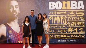 Juan Carlos Navarro ha llegado al Palau acompañado de su mujer y sus dos hijas