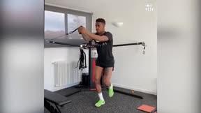 Junior Firpo también entrena desde casa