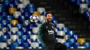 Leo Messi, al asalto del templo de Diego Maradona (ES)