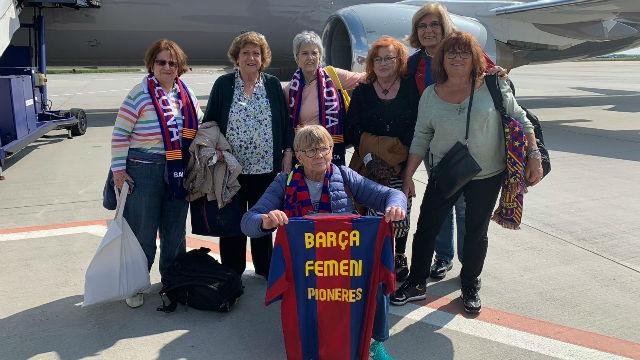Llega a Budapest la expedición del Barça con les pioneres