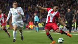 Mojica contra el Madrid en la pasada campaña
