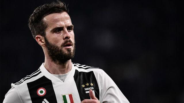 Pjanic se aleja de la Juventus