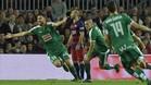 Borja Bastón celebra un gol en el Camp Nou en su etapa en el Eibar