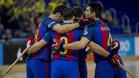 El equipo celebra un gol en el Palau contra el Merignac