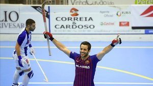 João Rodrigues celebra la victoria del Barça en la Copa Continental