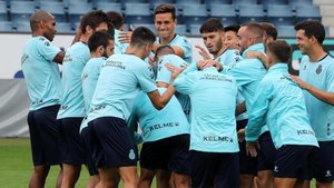Los jugadores del Espanyol van a tener días muy ajetreados en las próximas semanas.