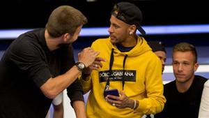 Neymar estuvo de visita en Barcelona