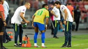 Neymar se lesionó con Brasil ante Nigeria el 13 de octubre